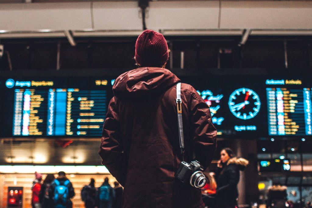 Günstige Flüge kaufen möglichst früh buchen