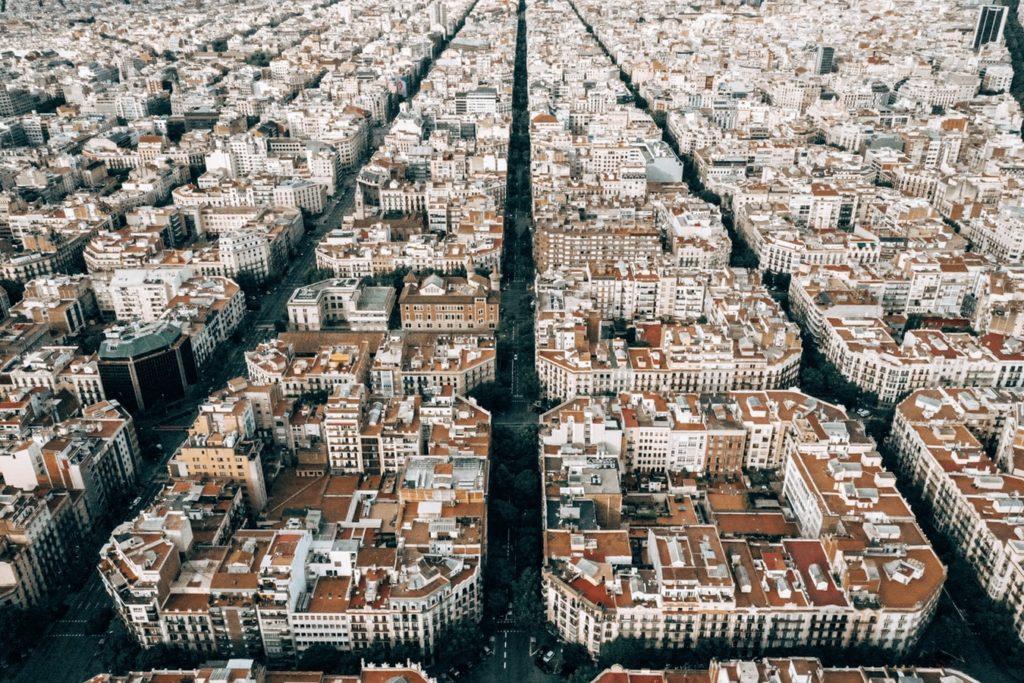 Barcelona-mit-Kindern-Vogelperspektive