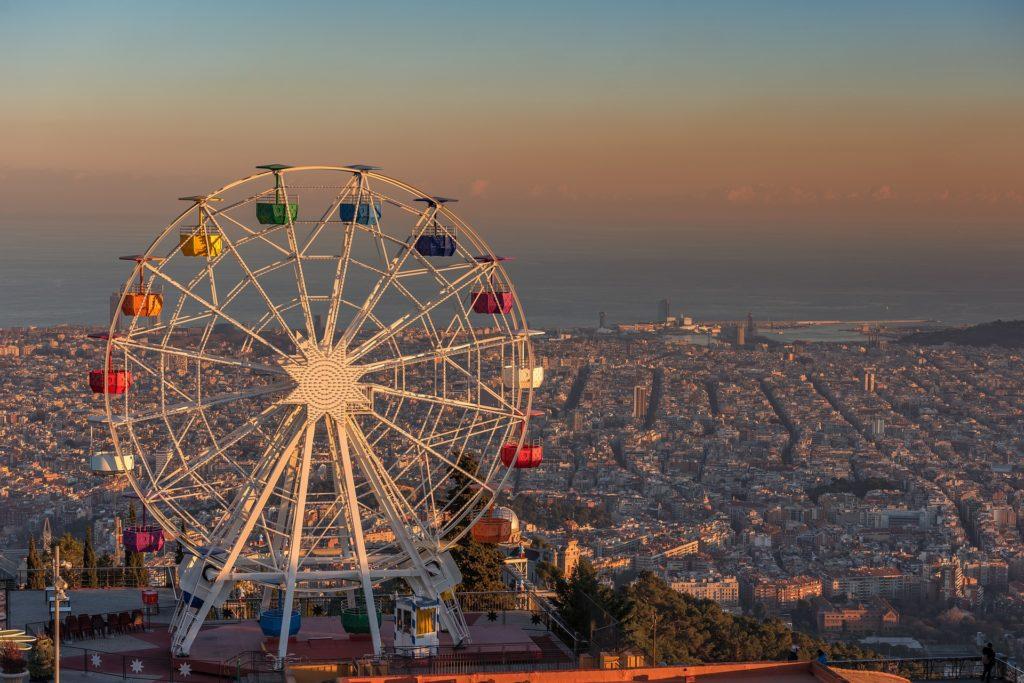 Barcelona-mit-Kindern-tibidabo-barca-