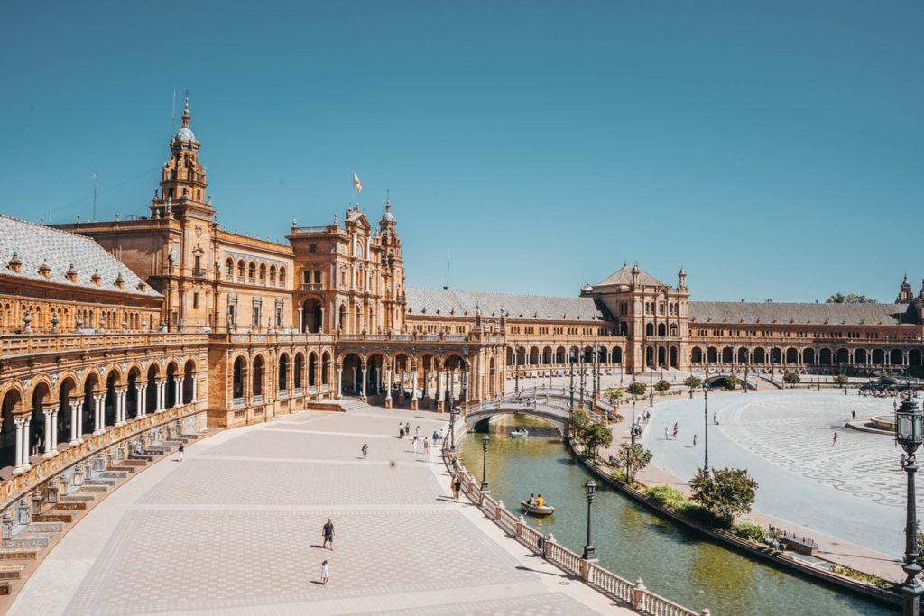 Restaurants-in-Sevilla-Plaza-de-España